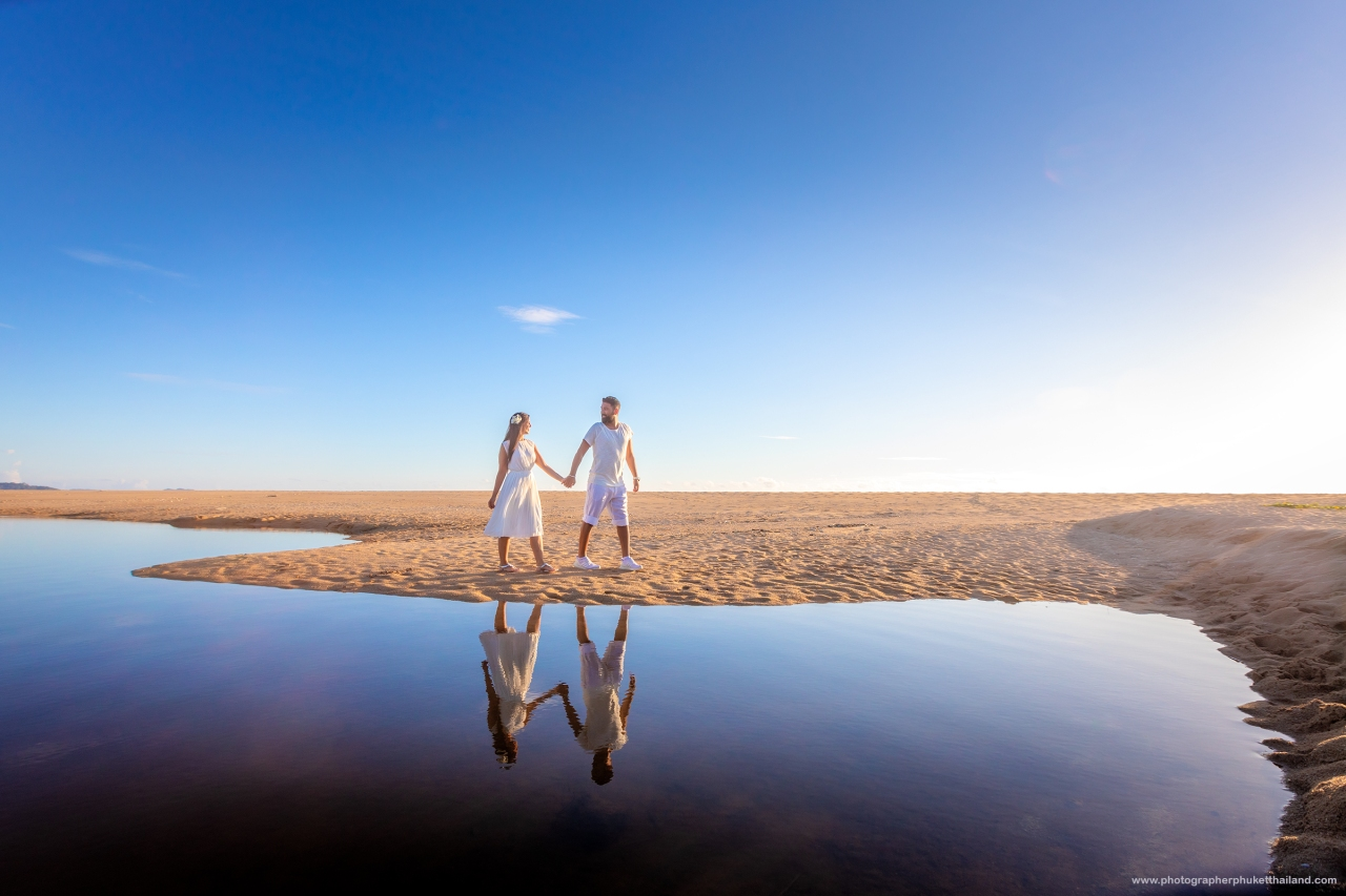 Honeymoon photoshoot at khao lak beach