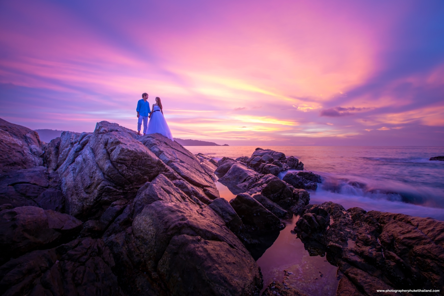 phuket pre wedding photoshoot by phuket photographer